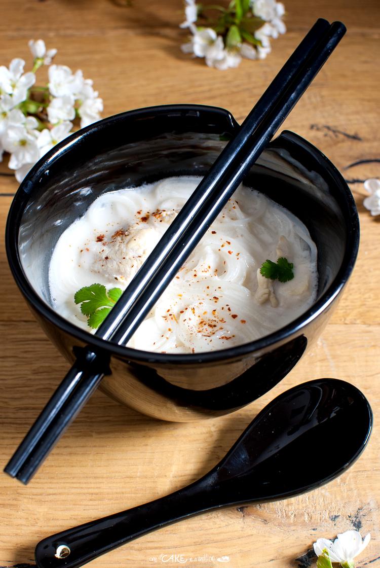 Zuppa Thai pollo