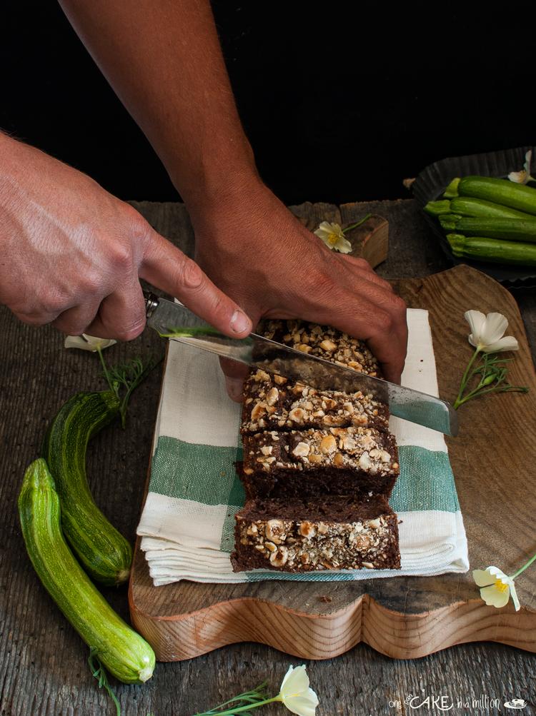 cake, leggero, light, zucchine, cacao, senza burro senza grassi, nocciole