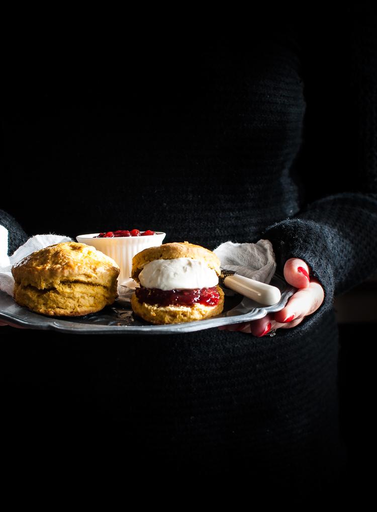zucca, scones, londra, scones alla zucca, dolci, clotted cream, dark photography