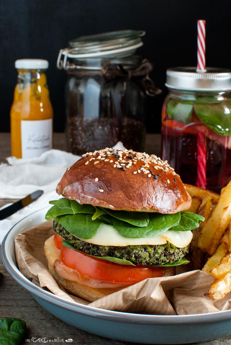 Veggie burger quinoa piselli